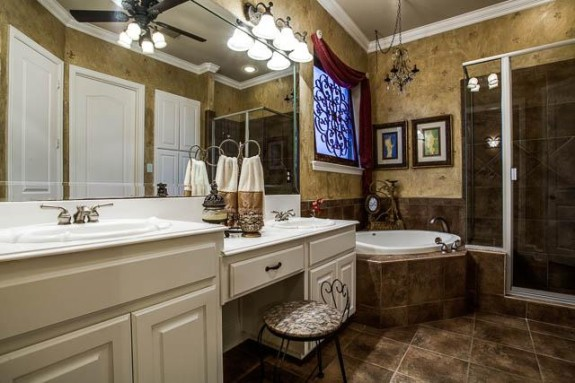 2570 Bendbrook Master Bath