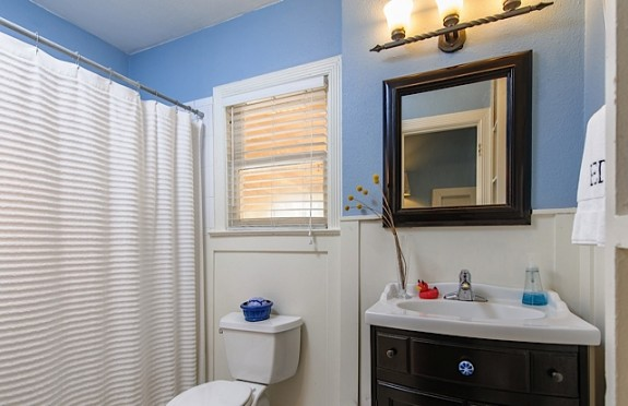 2839 Burlington Bath