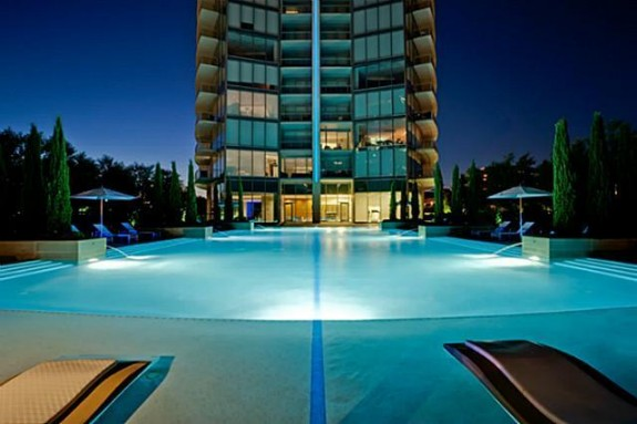 2900 Deion pool