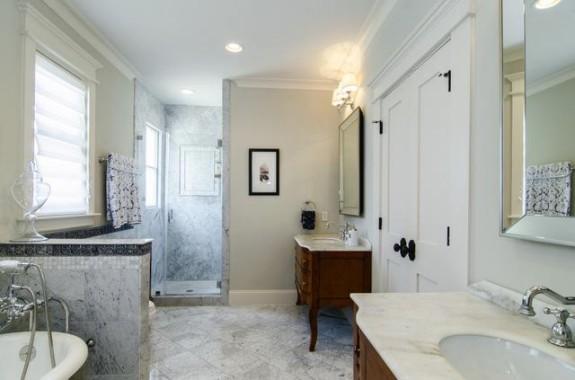 300 Edgefield Master Bath