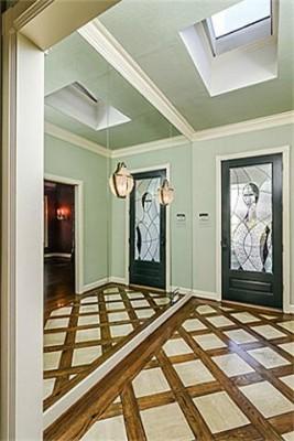 3203 Princeton foyer