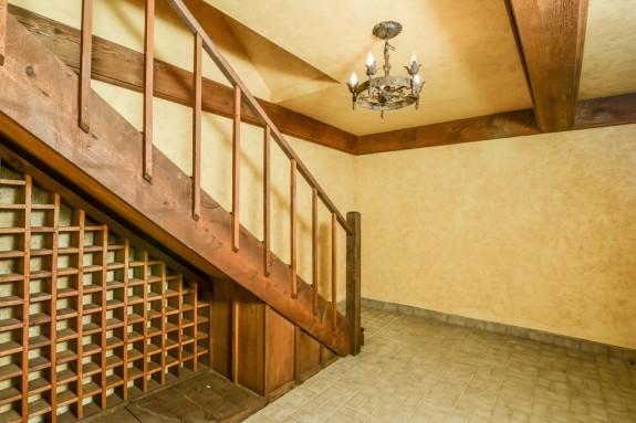 3203 Princeton wine cellar