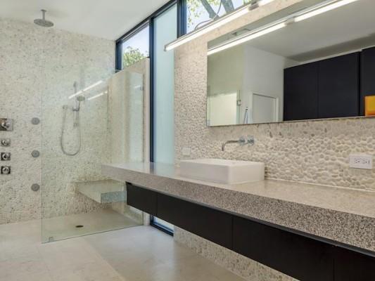 3601 Euclid master Bath