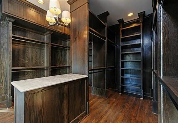3601 Wentwood closet