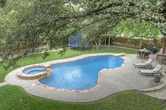 3608 Overton Park Pool