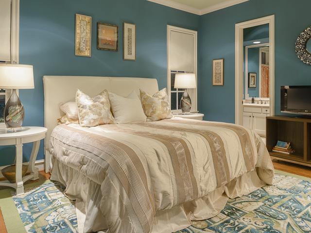 3710 Euclid bedroom 2