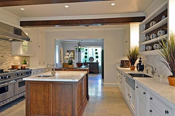 3808 Turtle Creek Kitchen