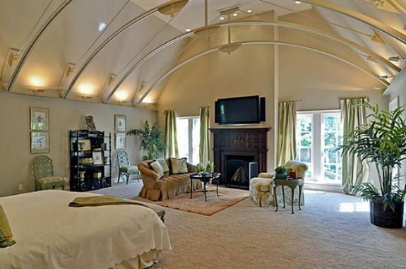 3808 Turtle Creek master bedroom