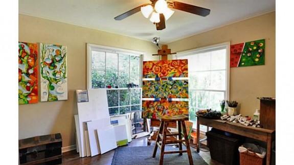 3820 Frontier Studio