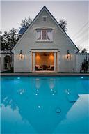3824 Shenandoah pool