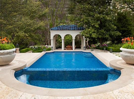 3828 Turtle Creek pool 2