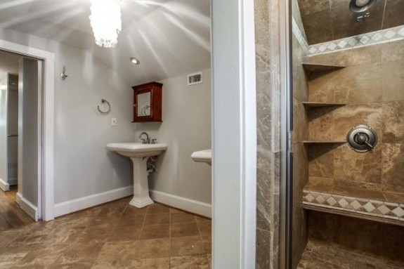 411 Montclair master bath 3