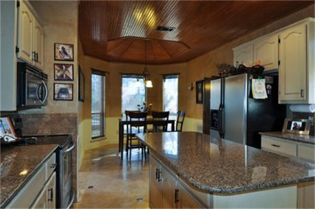 424 Windjammer Kitchen