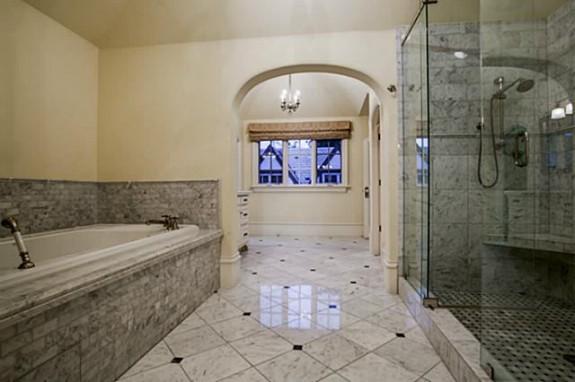 4305 Arcady master bath 2