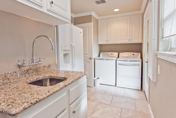 4416 Thunder Laundry Mudroom