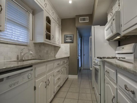 4519 Elsby Kitchen