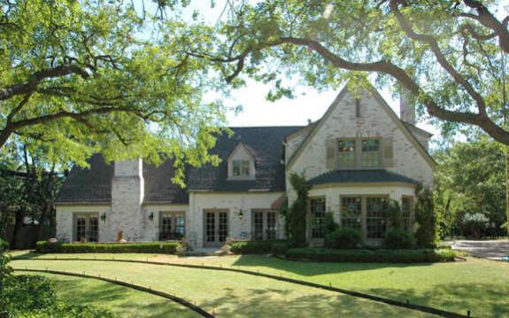 4610 Wildwood Tudor 2006