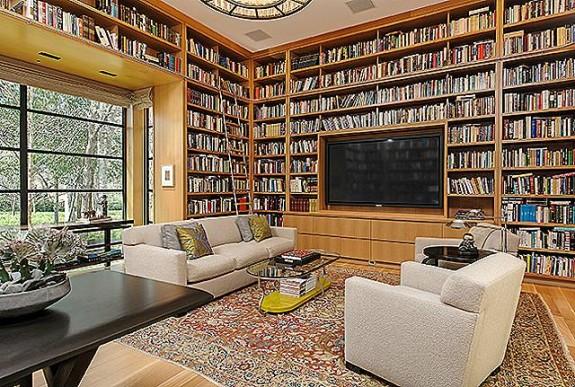 4610 Wildwood book room