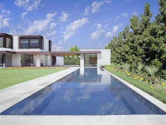 4610 Wildwood pool