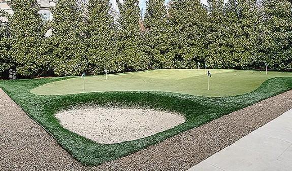 4610 Wildwood putting green