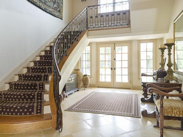 4631 Valley Ridge stairs