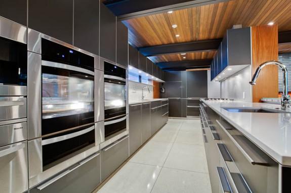 Super White Kitchen Cabinets