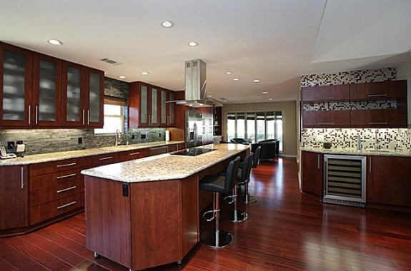 4910 Harvest Hill Kitchen
