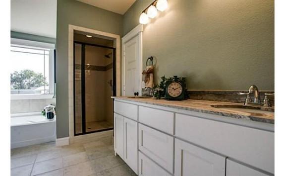 508 N. Tennessee Master Bath