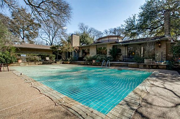 5333 Walnut Hill Lane pool