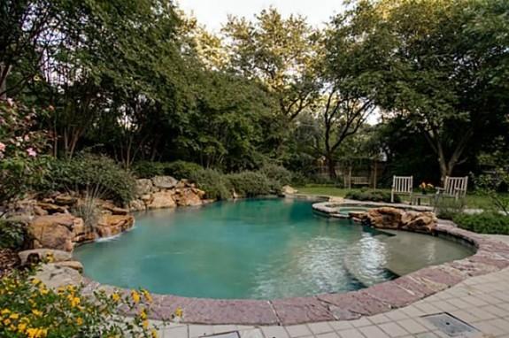 5433 Falls rock pool