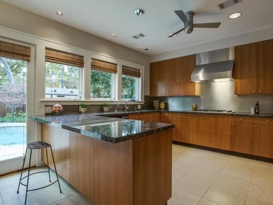 5616 Stonegate Kitchen