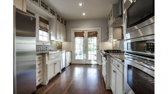 5841 Morningside Kitchen