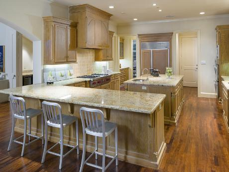 6239 Park Lane kitchen