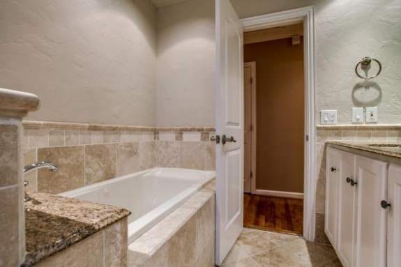 6346 Anita Master Bath 2