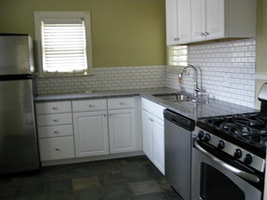 6407 Richmond Kitchen