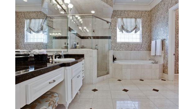 6414 Deloache Master Bath