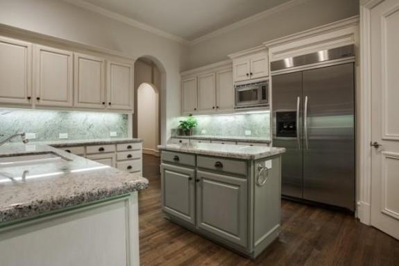 67 Abbey Woods kitchen