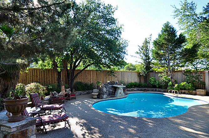 6879 Mossvine pool ext