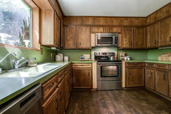 7127 Maple Kitchen