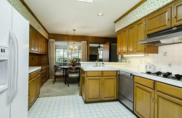7207 Northaven kitchen