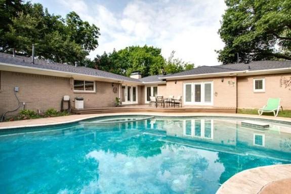 7707 Northaven Backyard