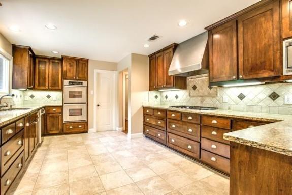7707 Northaven Kitchen