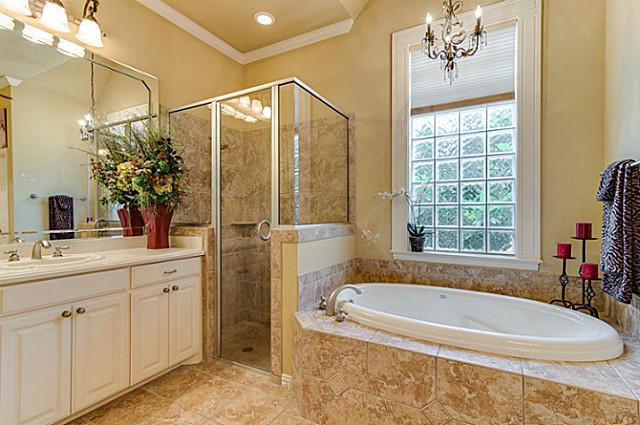 7929 Green Valley Master Bath