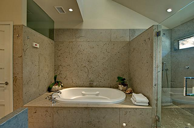 8205 Forest Hills Master Bath