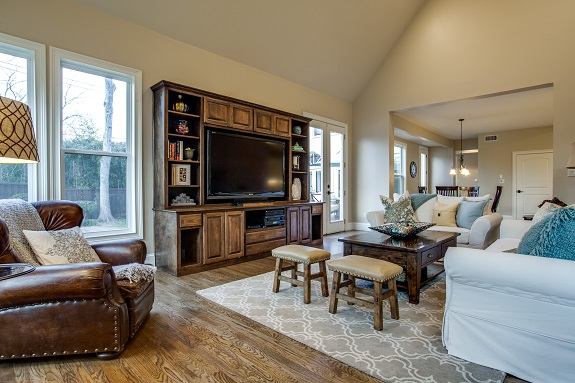 8511-blue-bonnet-rd-dallas-tx-High-Res-15.jpg family room 2