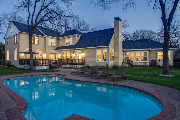 8711 Bluebonnet ext pool rear
