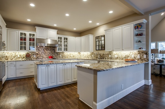 8711 Bluebonnet kitchen2