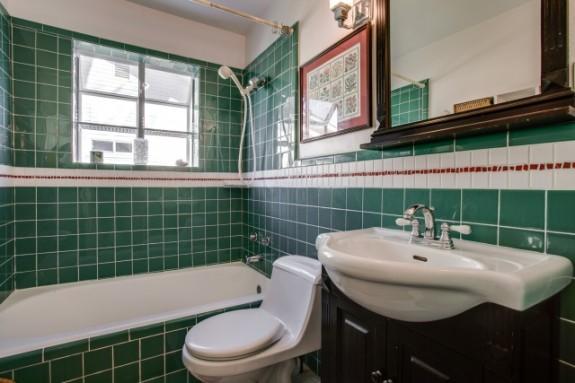 8934 Eustis Bath