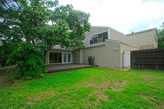 9131 Gunnison Backyard