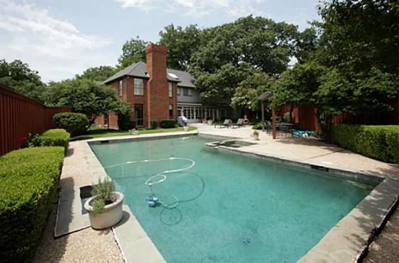 9215 Westview pool